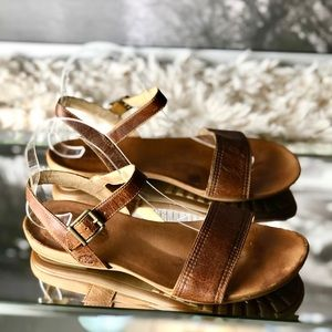Timberland Earthkeeper Brown Leather Sandals